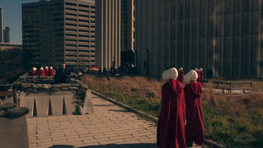 A Different World - The Handmaid's Tale Season 1 Episode 4