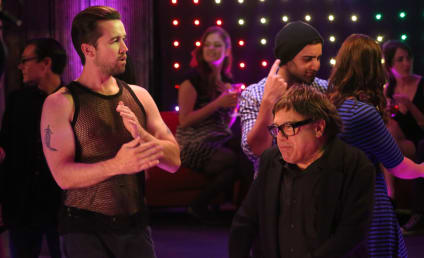 It's Always Sunny in Philadelphia Season 10 Episode 6 Review: The Gang Misses the Boat