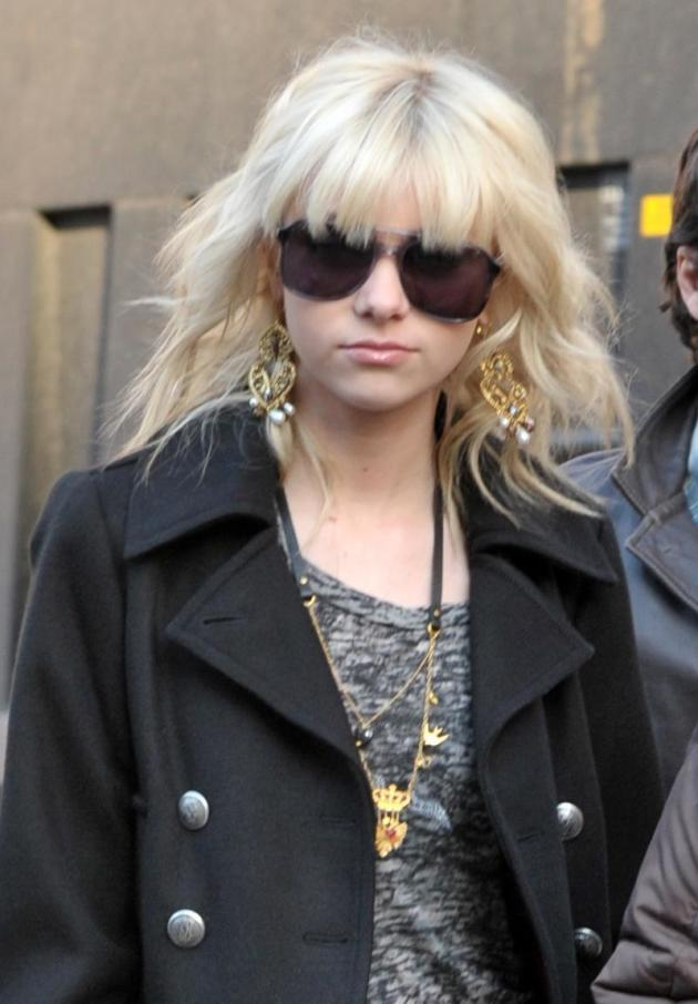 Taylor Goes Grunge