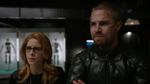 Olicity  - Arrow Season 7 Episode 22