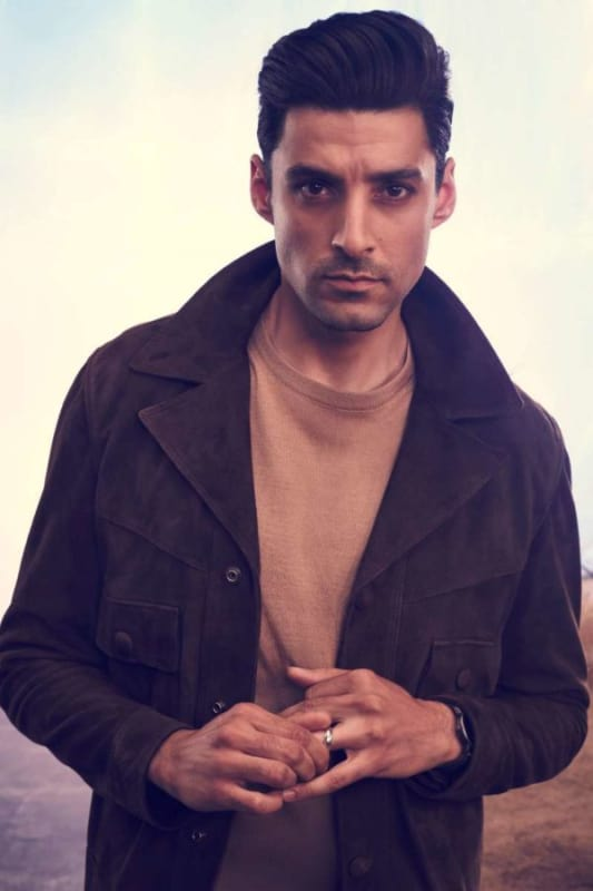 Karan Oberoi as Noah Bracken - Roswell, New Mexico