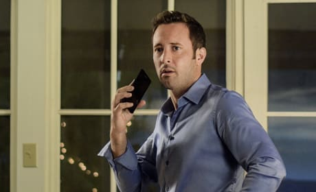 Fighting to Free His Mother - Hawaii Five-0