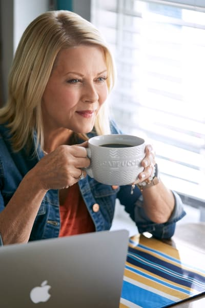 Megan Sips Coffee - Chesapeake Shores Season 4 Episode 3