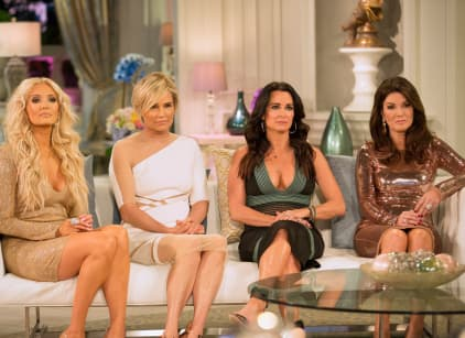 Watch The Real Housewives of Beverly Hills Season 6 Episode 21 Online