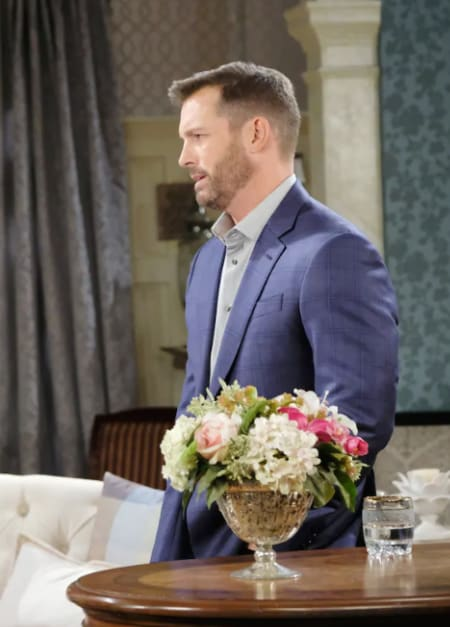 Brady Is Reluctant - Days of Our Lives