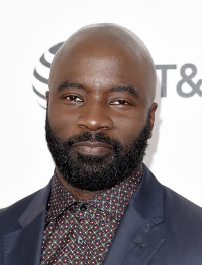 Mike Colter Attends Spirit Awards
