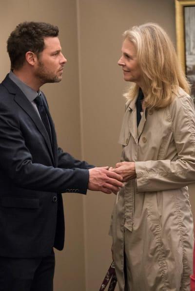 Momma's Surprise Visit - Grey's Anatomy Season 15 Episode 15