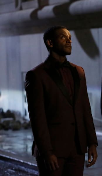 Lucius Knows the Secret - Gotham Season 5 Episode 12