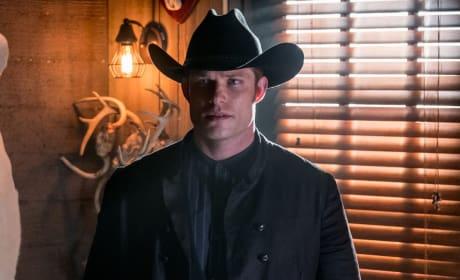 Will shoots a commercial - Nashville Season 5 Episode 17