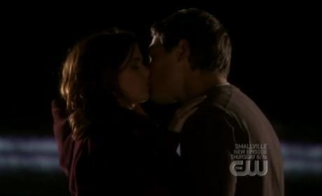 Megan and Charlie Kiss