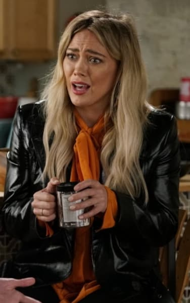 Kelsey confused - Younger Season 7 Episode 4