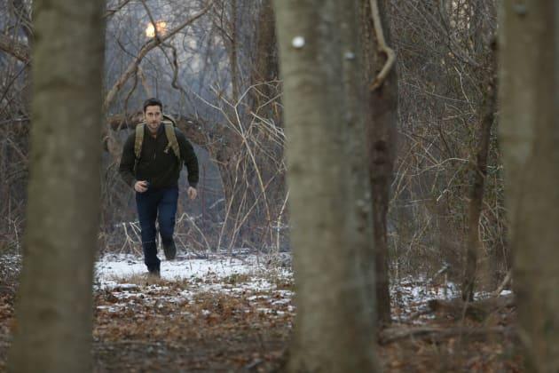 Running Through the Woods - The Blacklist: Redemption Season 1 Episode 3