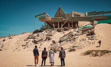 A Hostile Landscape - Doctor Who Season 11 Episode 2