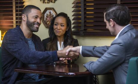Davis Makes a Deal - Queen Sugar Season 1 Episode 13