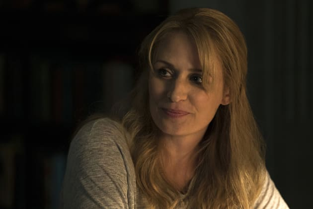 Mary makes time for an angel - Supernatural Season 12 Episode 3