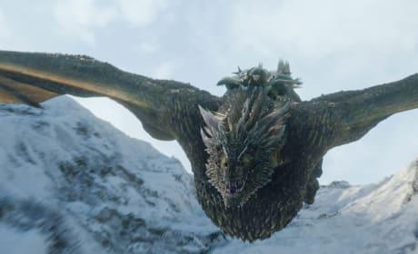 Jon Takes Flight - Game of Thrones Season 8 Episode 1
