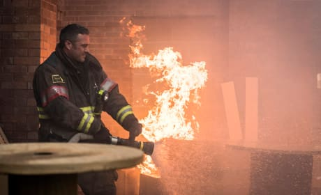 A Situation Turns Dangerous - Chicago Fire