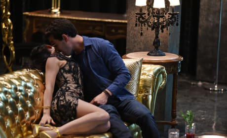 First time - Shadowhunters Season 1 Episode 3