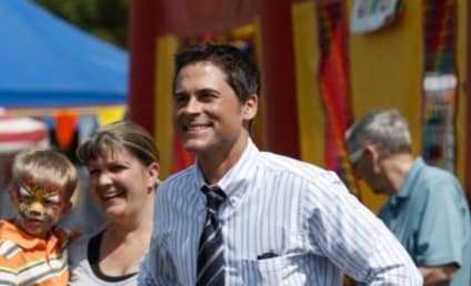 Rob Lowe to Remain on Parks and Recreation